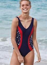 Слитный утягивающий купальник испанского бренда Ysabel Mora